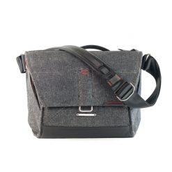 web_the-everyday-messenger-13-gray-product